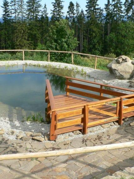 Jezírka a vodní prvky